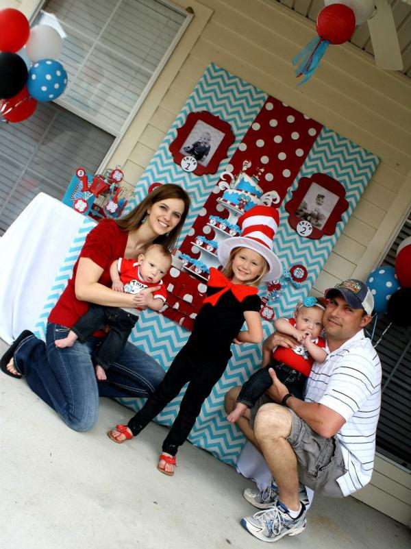 Kara S Party Ideas Thing One Thing Two Dr Seuss Twins 1st