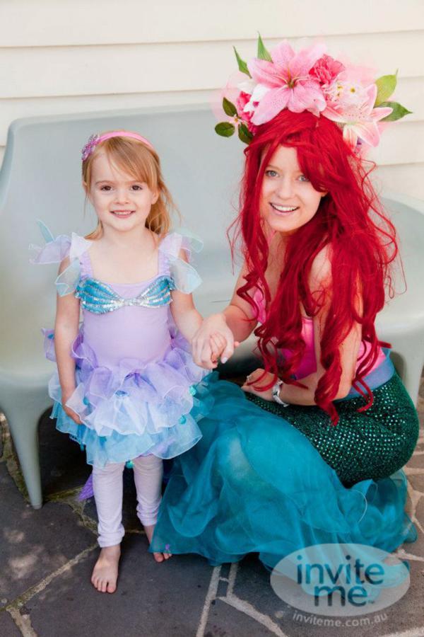 Karas party ideas mermaid beach ocean girl ariel 5th birthday party this solutioingenieria Choice Image