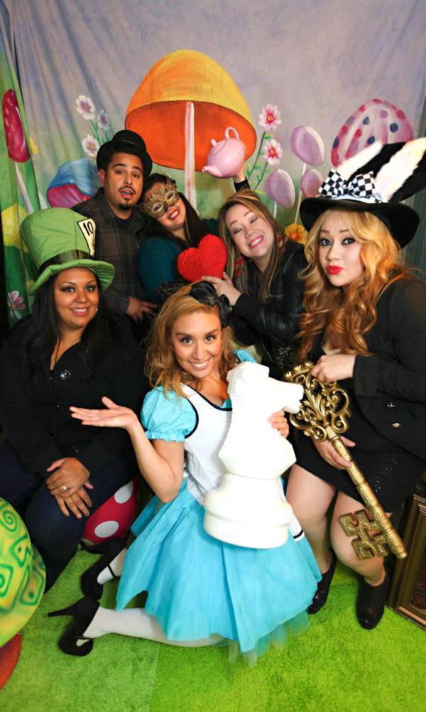 Kara S Party Ideas Midnight Alice In Wonderland 30th Un