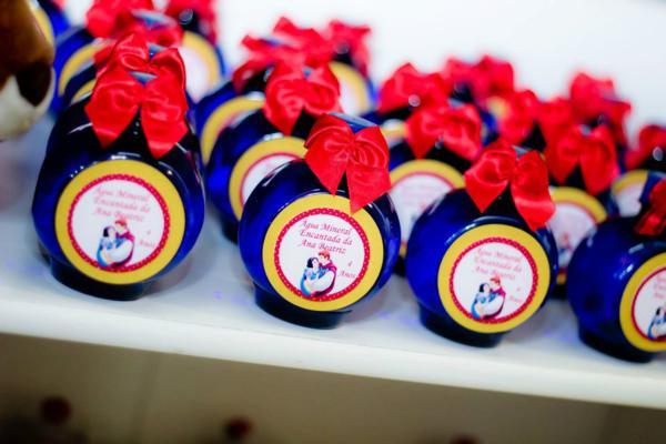 Kara S Party Ideas Snow White Party Supplies Idea Planning Birthday