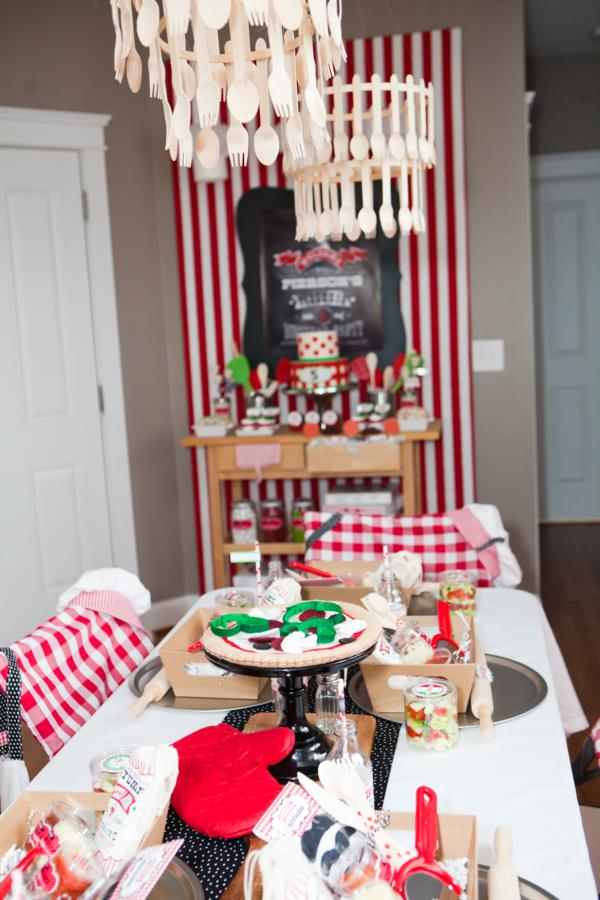 kara 39 s party ideas little chef pizza pizzeria girl boy birthday party planning ideas. Black Bedroom Furniture Sets. Home Design Ideas