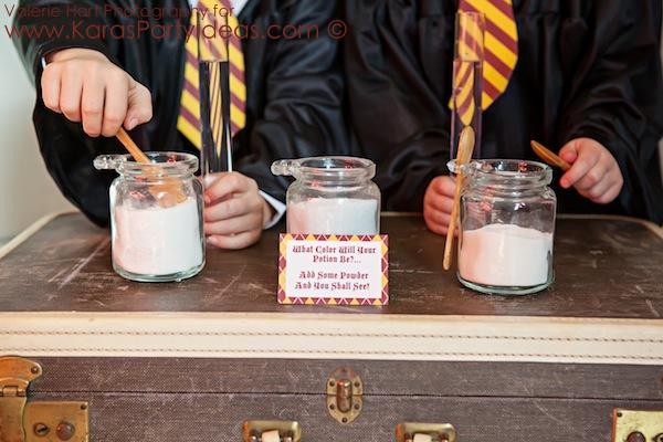 Harry Potter themed birthday party idea via Kara's Party Ideas | KarasPartyIdeas.com #harry #potter #decorations #printables #invitation #party #supplies #idea #cake #cupcakes #activities (21)