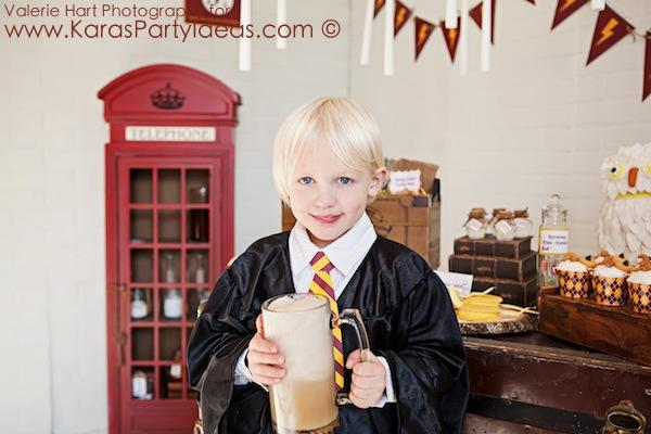 Harry Potter themed birthday party idea via Kara's Party Ideas | KarasPartyIdeas.com #harry #potter #decorations #printables #invitation #party #supplies #idea #cake #cupcakes #activities (12)