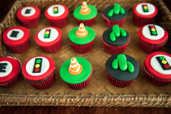 Cars Themed Birthday Party Via Karas Ideas Disney Cupcakes