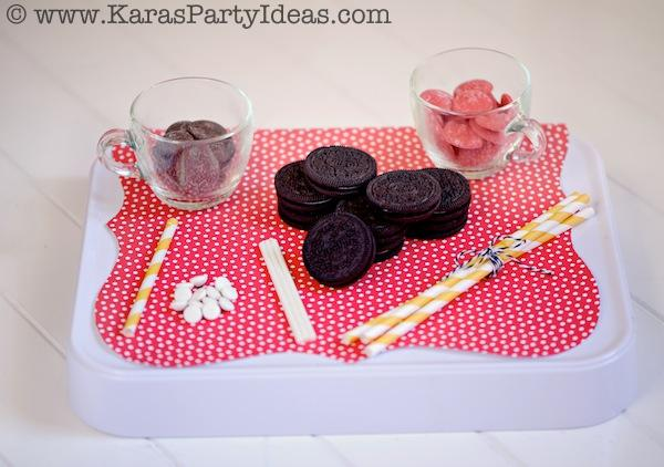 Mickey Mouse Birthday Party via Kara's Party Ideas | KarasPartyIdeas.com #mickey #mouse #cake #favor #decorations #supplies #birthday #party #ideas (26)