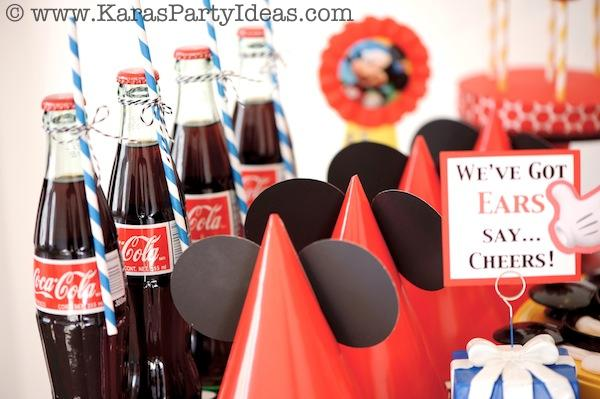 Mickey Mouse Birthday Party via Kara's Party Ideas | KarasPartyIdeas.com #mickey #mouse #cake #favor #decorations #supplies #birthday #party #ideas (38)