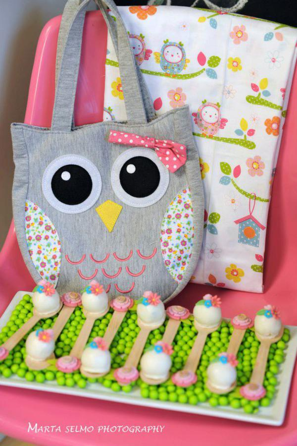 Mama Owl Mother's Day Party via Kara's Party Ideas | KarasPartyIdeas.com #mother's #day #owl #party #baby #shower #ideas (1)