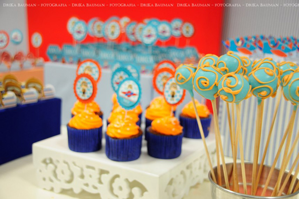 Aviator Birthday Party via Kara's Party Ideas | Kara'sPartyIdeas.com #aviator #birthday #party (19)
