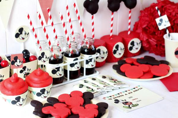 Vintage Mickey Mouse Party via Kara's Party Ideas | KarasPartyIdeas.com #disney #vintage #mickey #mouse #party #ideas (8)