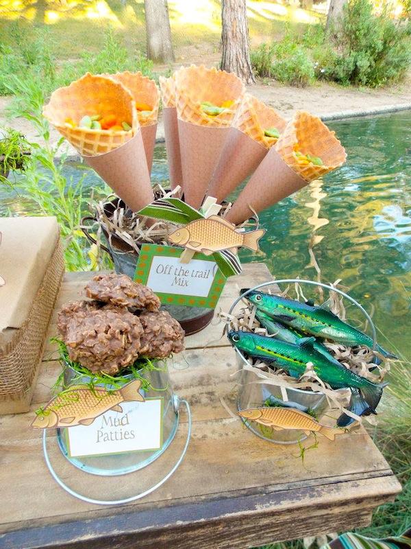 Kara 39 s party ideas gone fishing boy themed party planning for Fishing themed party supplies