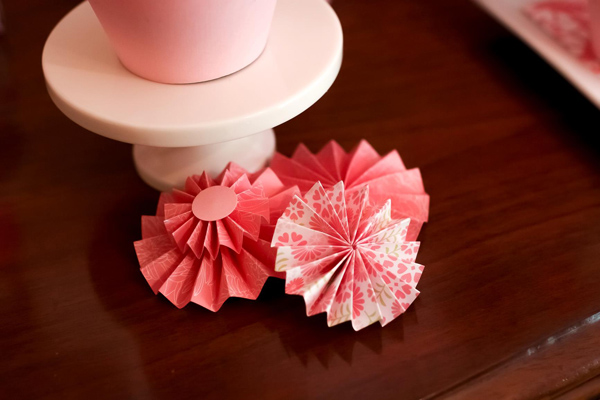 Hats Off To Mom Mother's Day Party via Kara's Party Ideas | Kara'sPartyIdeas.com #mothers #day #party #mom #holiday (7)
