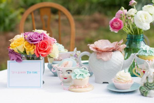 Karas Party Ideas Vintage Alice In Wonderland Tea Party Karas