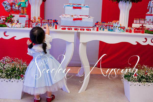 Karas Party Ideas Wizard Of Oz Girl Birthday Party Planning Ideas