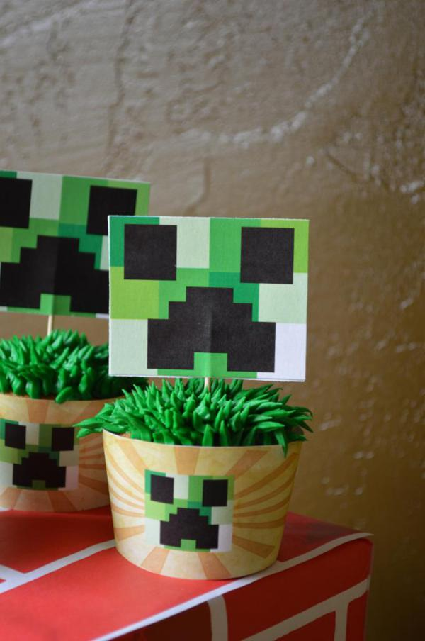 Vintage Minecraft Party via Kara's Party Ideas | KarasPartyIdeas.com #vintage #minecraft #mine #craft #video #game #party #ideas (11)