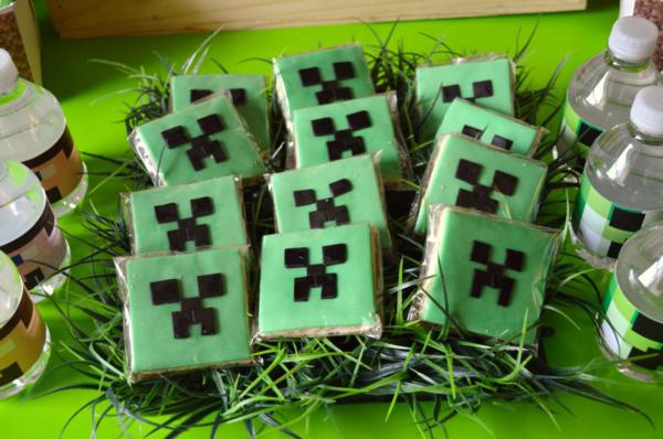 Vintage Minecraft Party via Kara's Party Ideas | KarasPartyIdeas.com #vintage #minecraft #mine #craft #video #game #party #ideas (19)
