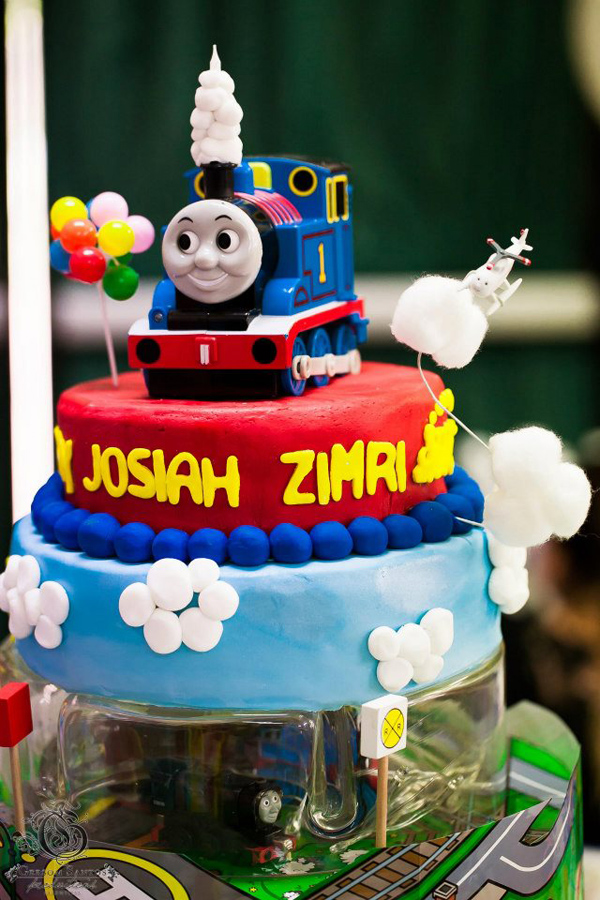 Surprising Karas Party Ideas Thomas The Train Birthday Party Planning Ideas Personalised Birthday Cards Paralily Jamesorg